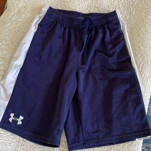 Boys UnderArmour Shorts Youth Large